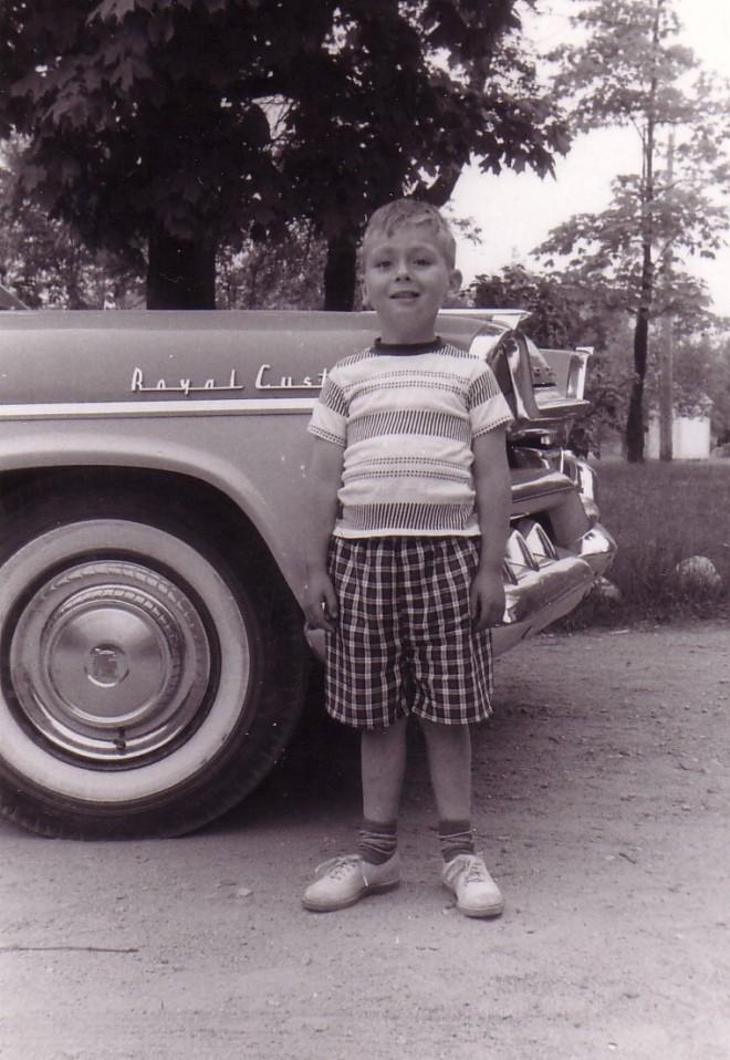 HADDEN Ian in front of family car Jun 1959