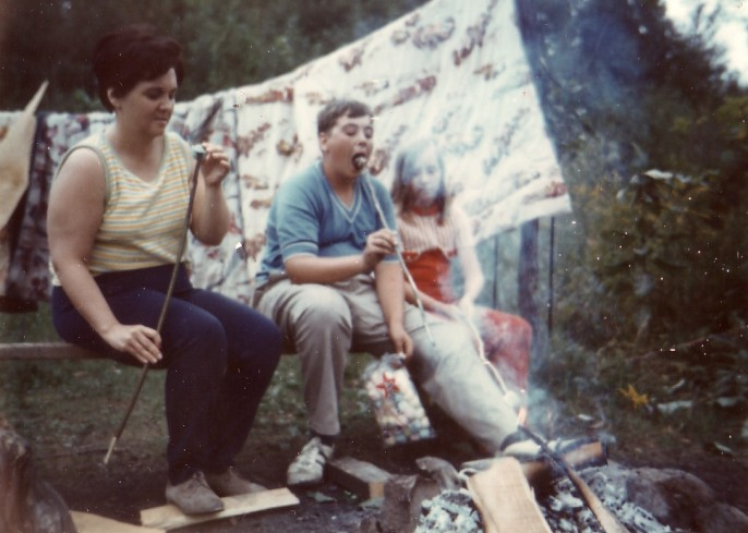 HADDEN Ian with Mom and Lou-Anne camping abt 1968